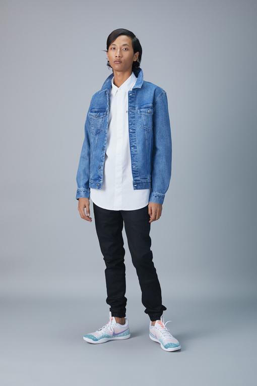 floating higher denim jacket