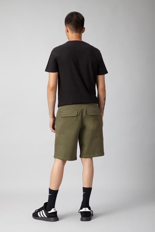 standard cargo shorts